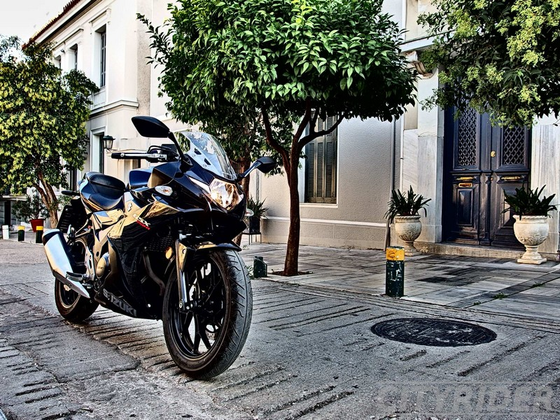 city view thiseio suzuki gsxr 250 13
